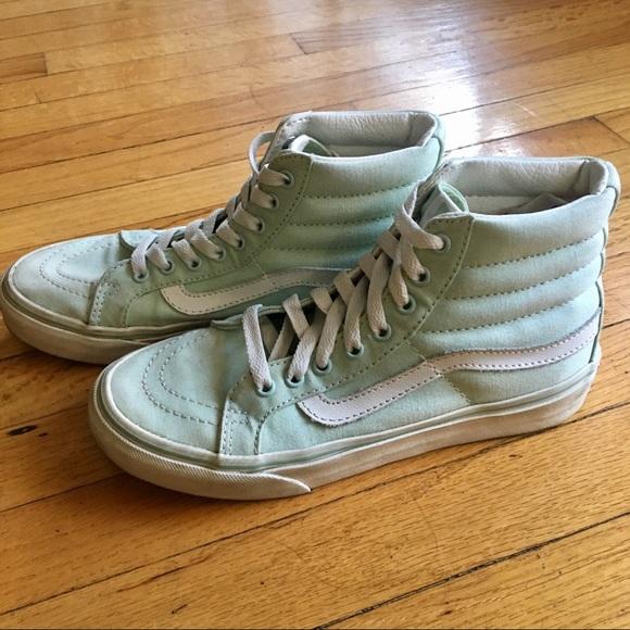 250af5c8cd8af9 High Top Vans SK8-Hi Sneakers. M 5c0b51ddc2e9fe304ec71b17